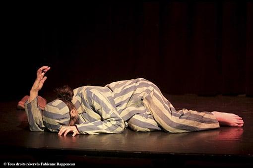 « L'exception » d'après le livre « Refus de témoigner » de Ruth Klüger : un spectacle très émouvant au Théâtre de la Contrescarpe