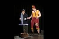 « Pourquoi Blanche Neige ne se réveille pas, et autres contes recyclables », spectacle pour enfants au Théâtre de la Contrescarpe