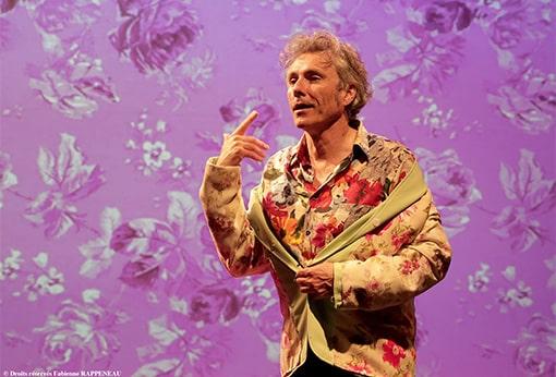 """One man show humoristique """"En mode souci"""" de Philippe Fertray au Théâtre de la Contrescarpe : sketch """"Arlette"""""""